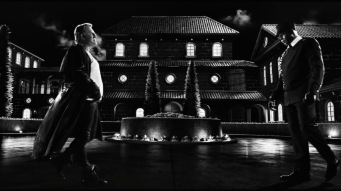One of the stunning black and white scenes from Sin City: A Dame To Kill For